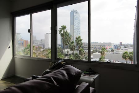 Live the DTLA LIFE! 8 - Los Angeles - Apartment