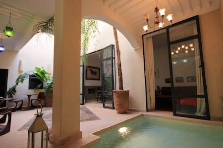 Chambre d'hôte dans Riad de charme : CORIANDRE - Marrakech