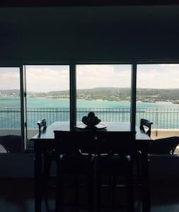 Magnificent Ocean View - Apartament