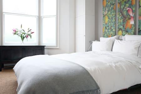 Love Nest, Hampstead Heath - Grande Londres - Apartamento
