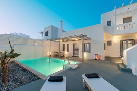 White Village - Family Villa with Private Pool! - Villa