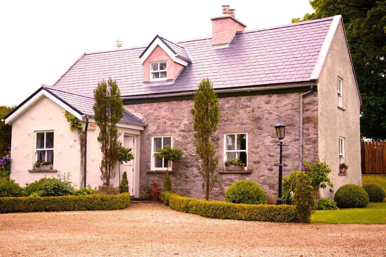 Sweet Ballygowan - Cottage Living
