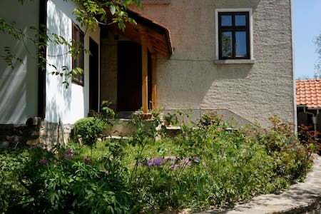 Rural house Pepeliana Bozhentsi - Ev