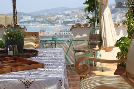 One large double bed /Ensuite - Kusadasi - Bed & Breakfast