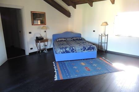 Suite (2 bedroom and a bathroom) - Bed & Breakfast