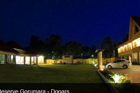 Avail 4 Star stay in Dooars