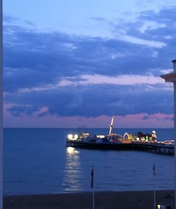 Pier- Sea View Studio Apartment - Brighton - Apartamento