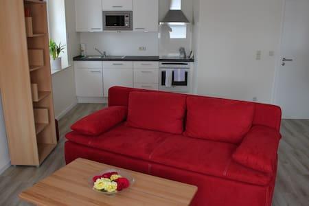 Zentrumsnahe helle Wohnung Meppen - Apartemen