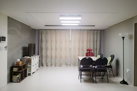 Brand-new apartment with fresh air! - 경산시