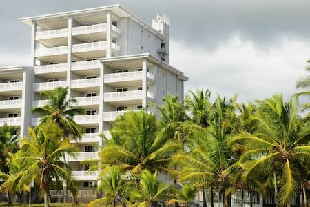 """OCEAN FRONT """"THE PALMS"""" 2 BED, 203 - Jaco - House"""