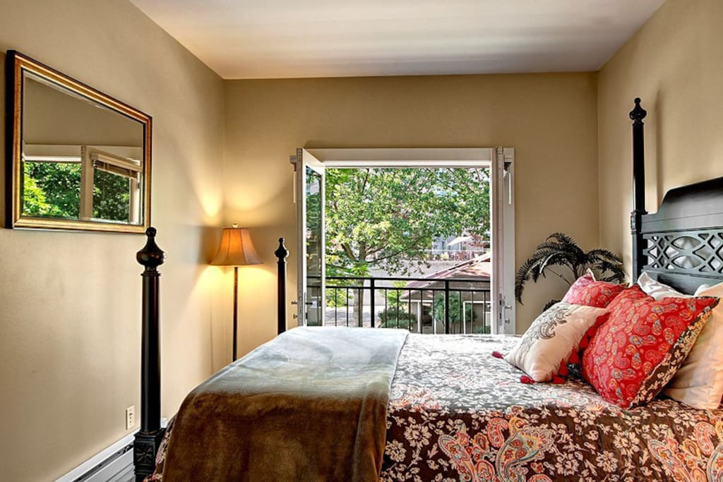 Master Queen bedroom with Juliet Balcony