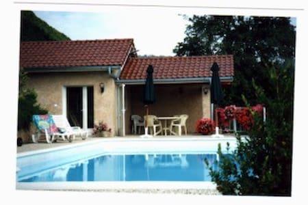 Maisonnette en Haute Savoie ,proche de Geneve - Fillinges