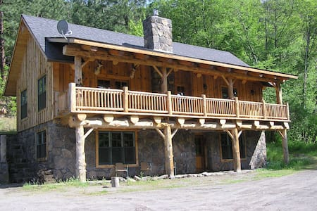 Unique Lodge on private White River - Tygh Valley - Kabin