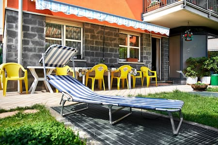 A large room with private bathroom - Bérgamo - Bed & Breakfast