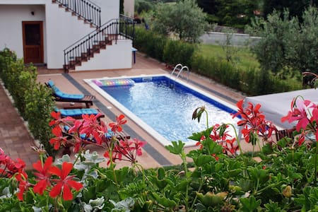 Apartment 2+2 / with shared pool - Rovinj - Wohnung