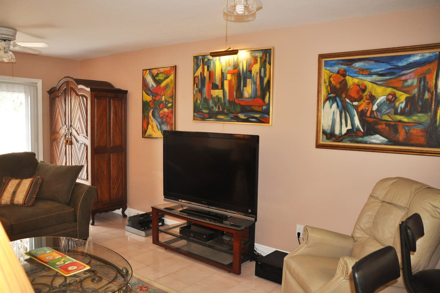 """Living Room with 52"""" TV"""