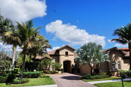MAJ8978, Single Family Home at Naples, with Golf Course View - Lely Resort - Inny