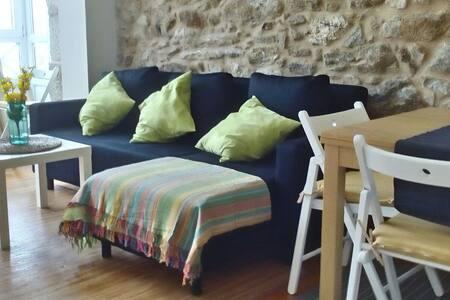 Piso acogedor, moderno y luminoso - Apartment