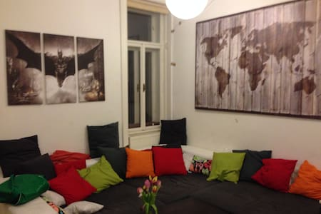 Modern apartment in the city center - Daire