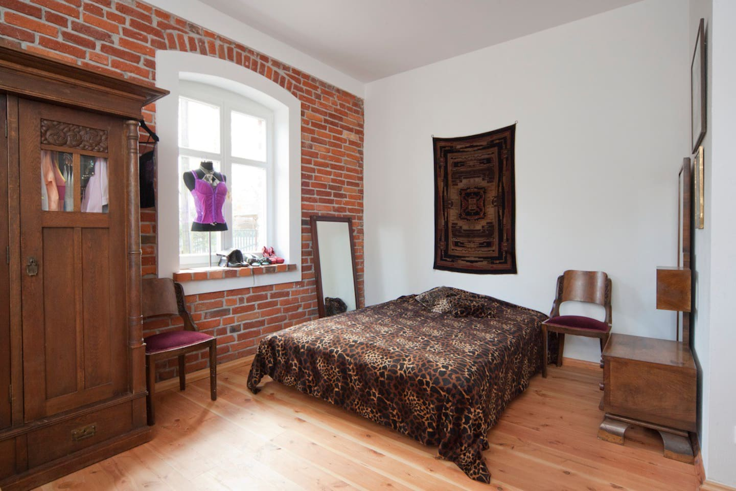 room 2 ANTIQUE house 300m to beach
