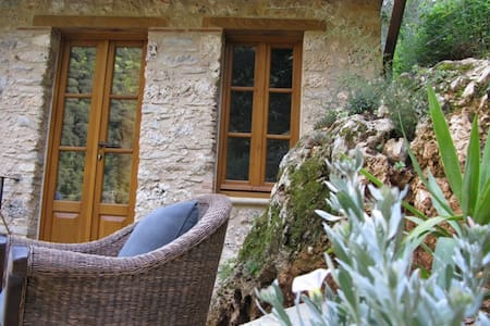 Authentic Tuscany Pietrasanta x 2 - Pietrasanta - Bed & Breakfast