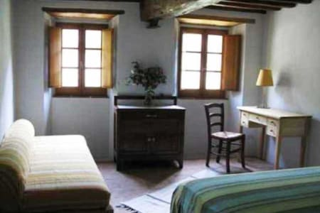 Authentic Tuscany Pietrasanta x 3  - Pietrasanta - Bed & Breakfast