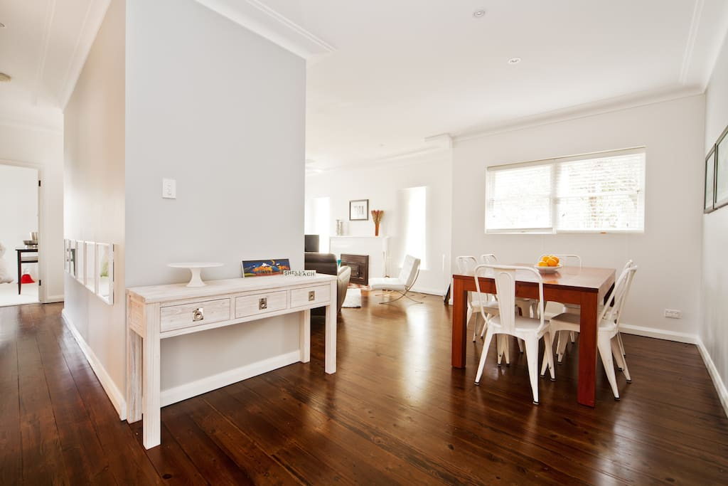 5 bdr holiday retreat near Manly