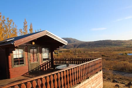 Golden Circle, cozy cabin for two Free Wi-Fi - Bláskógabyggð