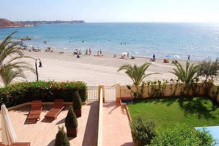 Дуплекс на пляже Деэса де Кампоамор - Alicante