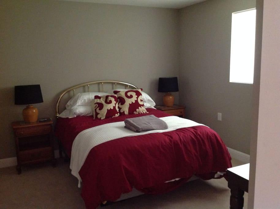 Bedroom, new Queen bed