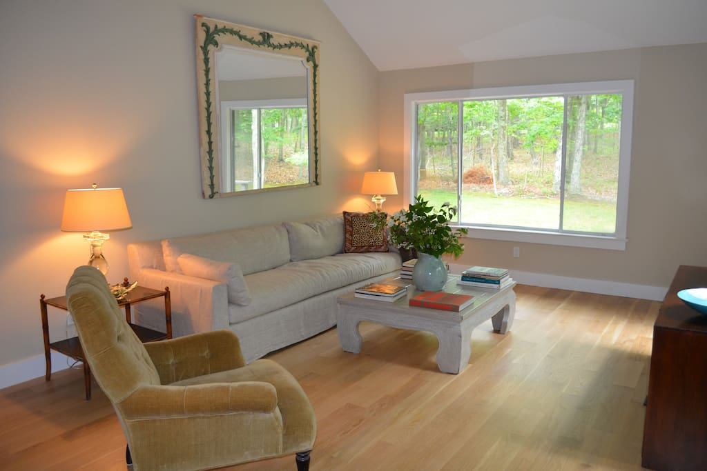 Living Room -Large flat screen tv