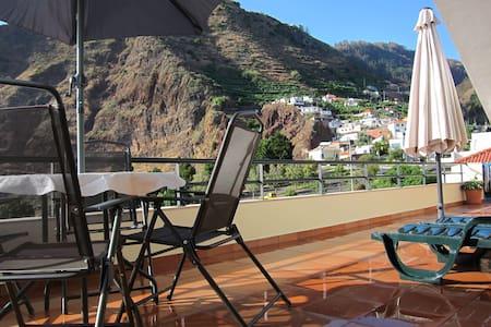 Marina Sol        20785/AL - Funchal - Apartamento