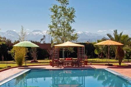 Kasbah d'Issyl - La turquoise 2 - Marrakesh - Bed & Breakfast