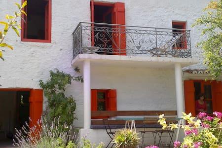 Maison charmante dans le péloponèse - Talo