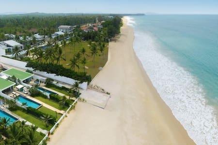 Phuket Natai Beachfront Lux Villa - Phuket