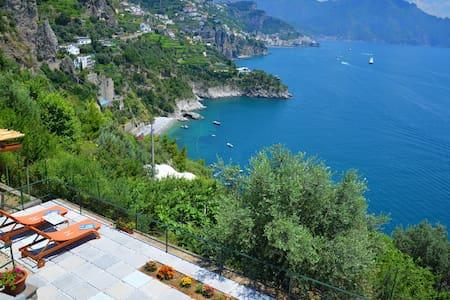 Villa in the heart of Amalfi Coast - Hus