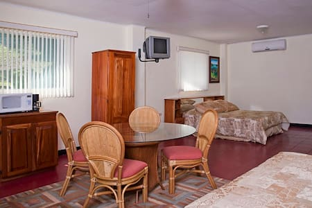 Casa Presidente - Golfito - Apartment