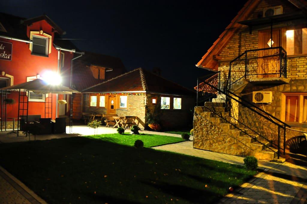 Vila Boska Palic Exterior Night 1