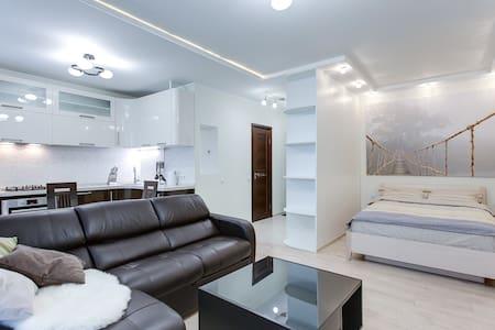 New stylish flat near Kievskaya
