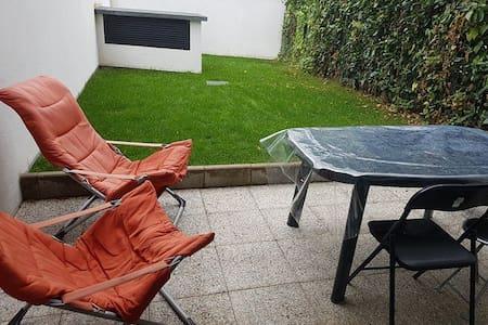 F2 avec jardin à 25 minutes de Paris - Leilighet