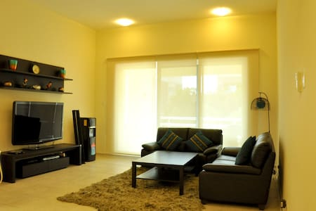 Deals!Spacious 1BR w/ Soothing view - Huoneisto