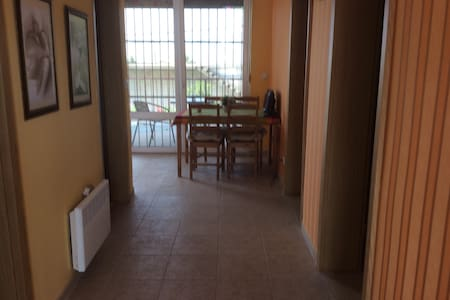 2 fully equipped comfortable apartments in Utjeha - Apartmen