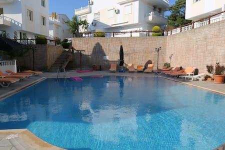 Penthouse / duplex lejlighed i Özdere - Apartment
