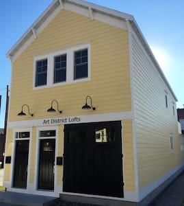 Art District Lofts, Historic Downtown Fond du Lac - Loft