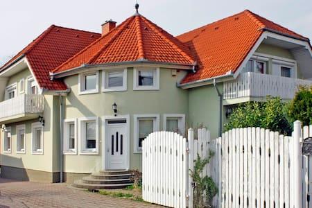 Egerszeghegyi villa felső szintje - Zalaegerszeg