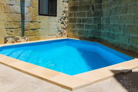 Bright Farmhouse with Dipping Pool - Nadur - Villa