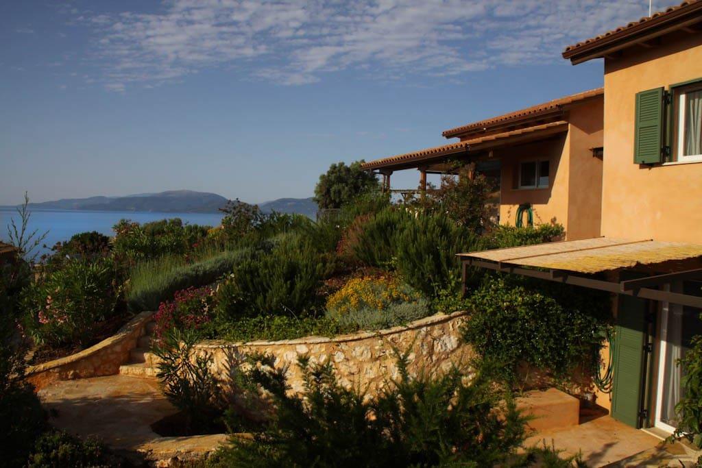 Villa Anatoli Seafront Luxury Villa