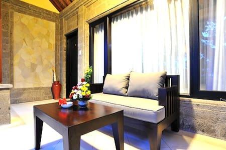 Deluxe Room at De Munut Ubud - Ubud - Bed & Breakfast