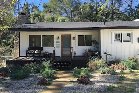 3BR+ 2BA Malibu Getaway House