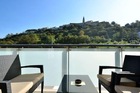 Hotel Fontana - Penzion (B&B)